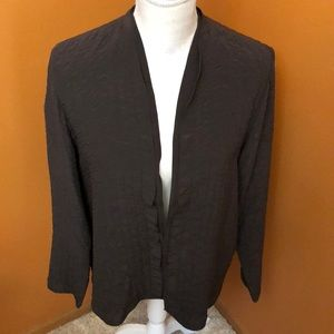 Eileen Fisher buttonless silk jacket.  Size m.